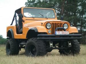 Jeep CJ7 mit 5,9l V8